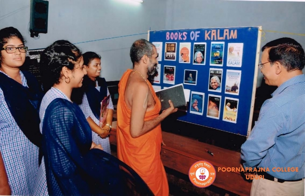 Exhibition on Dr.Kalam held on  7-9-15