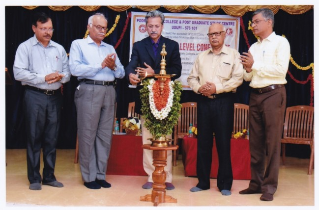 IQAC in association with economics department organised Two –Day state level conference