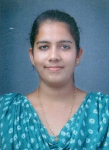 Ms. Saritha Laveena Dsouza,VIII Rank holder in MCom from Mangalore University
