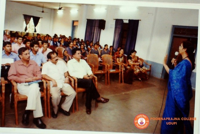 Special talk on Internship in Manipal by Mrs. Vidya Kalmady on 10-08-2015